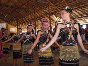 Read more about the article Dance performers keep traditional Rungus culture alive through shows in their villages in Kudat