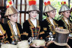 Read more about the article BORNEO CULTURE & PEOPLES