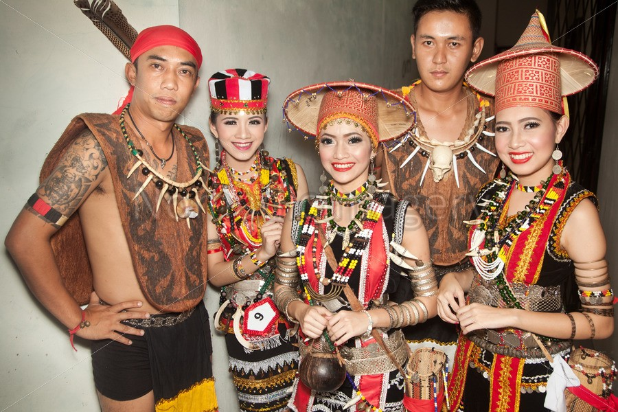 Get To Know The Bidayuh People The Land Owners A K A Land Dayak Of Borneo Smart Borneo